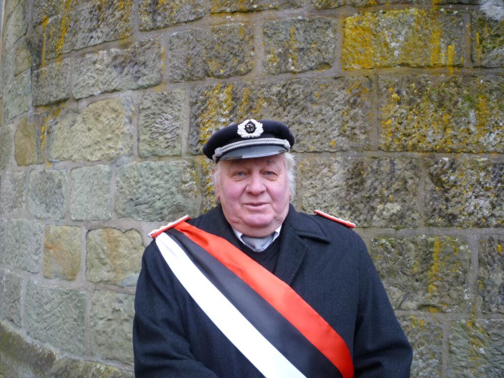Ehrenoberst  Reinhardt Henneböhl